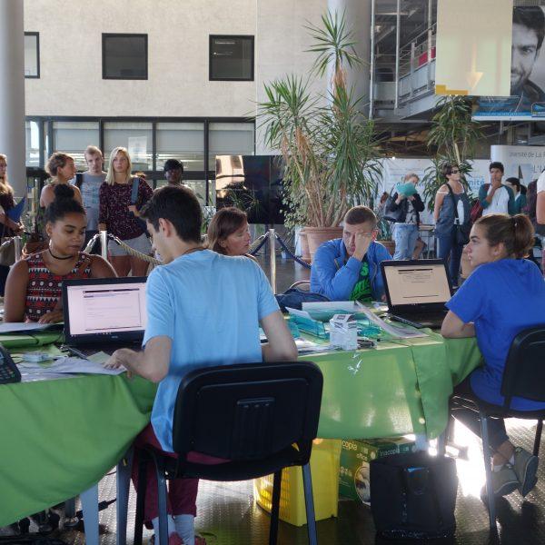 Se réinscrire à l'Université de La Rochelle